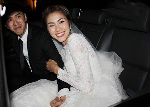7 mẫu váy cưới đẹp nhất của cô dâu Việt - 2