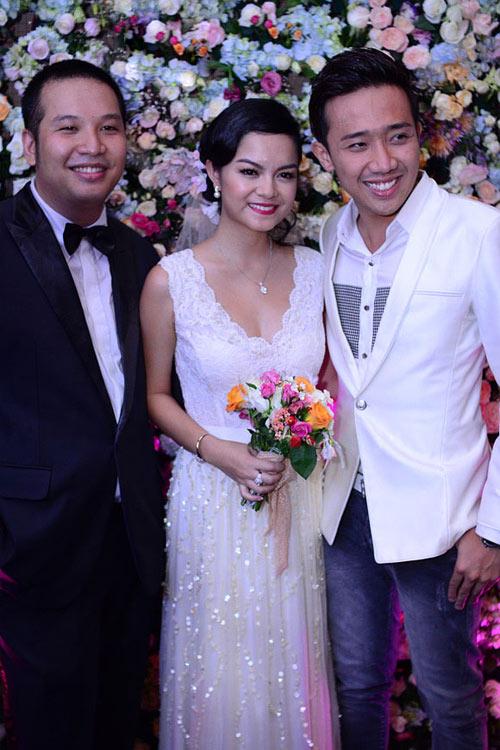 7 mẫu váy cưới đẹp nhất của cô dâu Việt - 6