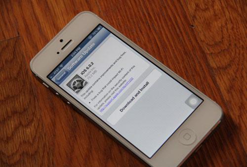 Apple tung iOS 6.0.2 sửa lỗi iPhone 5, iPad Mini - 1