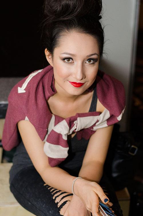 Anna Trương gợi cảm tuổi 18 - 6