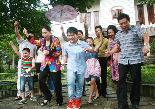 56 tuổi, NSUT Kim Xuân vẫn hồi teen - 2