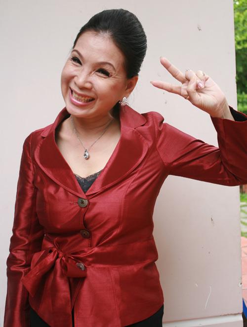 56 tuổi, NSUT Kim Xuân vẫn hồi teen - 6