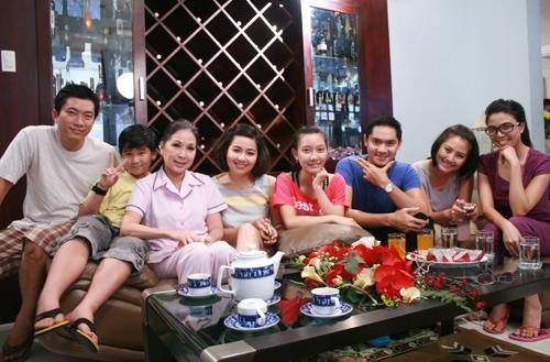 56 tuổi, NSUT Kim Xuân vẫn hồi teen - 7