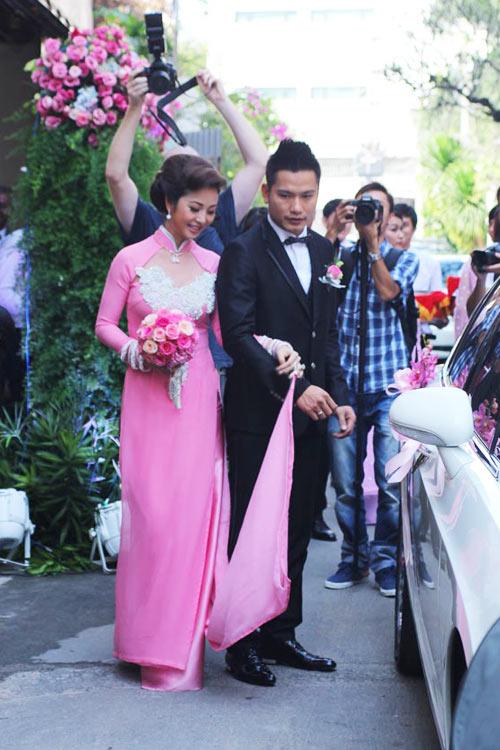 Xôn xao vì cô dâu Jennifer Phạm - 3