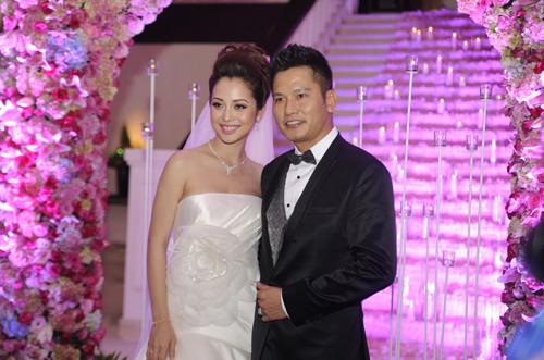 Vợ chồng Jennifer Phạm hôn nhau tình cảm - 5
