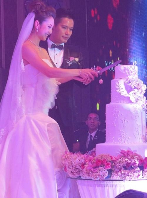 """""""Đột nhập"""" tiệc cưới của Jennifer Phạm - 4"""