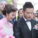 Phim - Clip Jennifer Phạm theo chồng về dinh