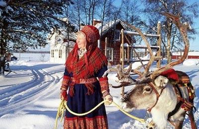 Thăm làng của ông già Noel - 10