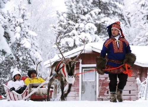 Thăm làng của ông già Noel - 6