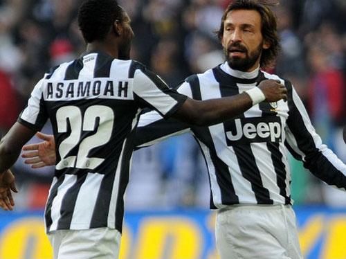 """Serie A sau V17: Juve, Milan cùng """"đi dạo"""" - 1"""