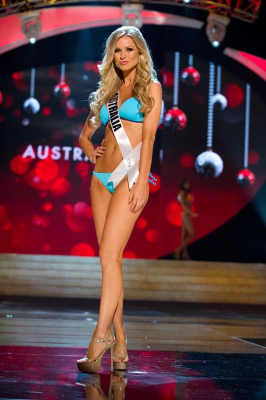 Người đẹp 1m67 đăng quang Miss Universe - 11