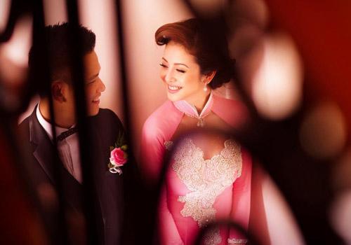 """""""Hot"""" như cô dâu Jennifer Phạm - 4"""