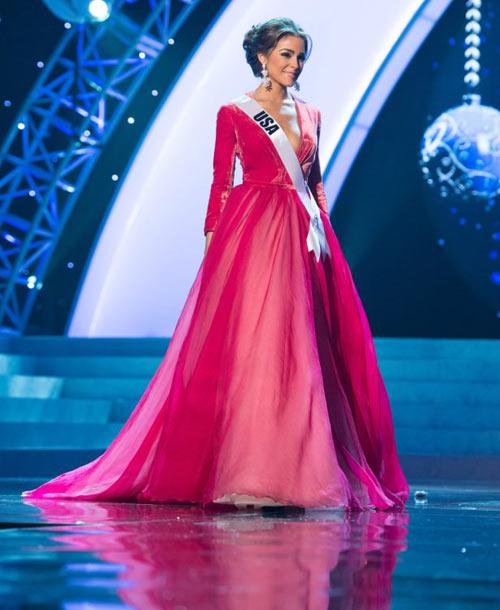 Người đẹp 1m67 đăng quang Miss Universe - 3