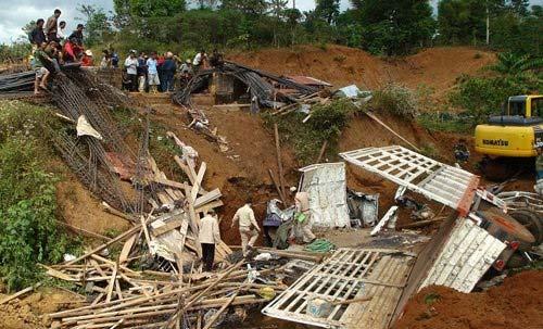Lật xe ở Lào: Lời kể người sống sót - 3