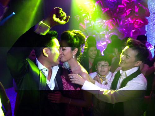 """Hình ảnh """"hiếm"""" của cô dâu Jennifer Phạm - 2"""