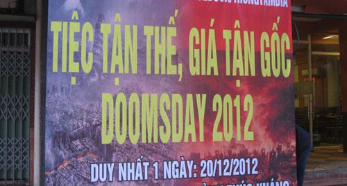 """Người Việt háo hức đón """"ngày tận thế"""" - 3"""