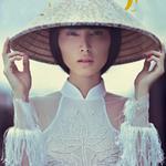 Thời trang - Thùy Dương cá tính với áo dài Việt