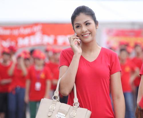4 người đẹp giản dị nhất showbiz Việt - 1