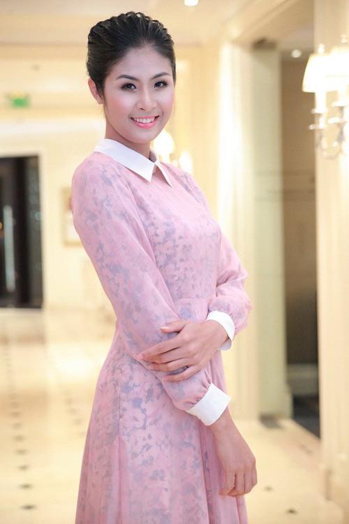 4 người đẹp giản dị nhất showbiz Việt - 2