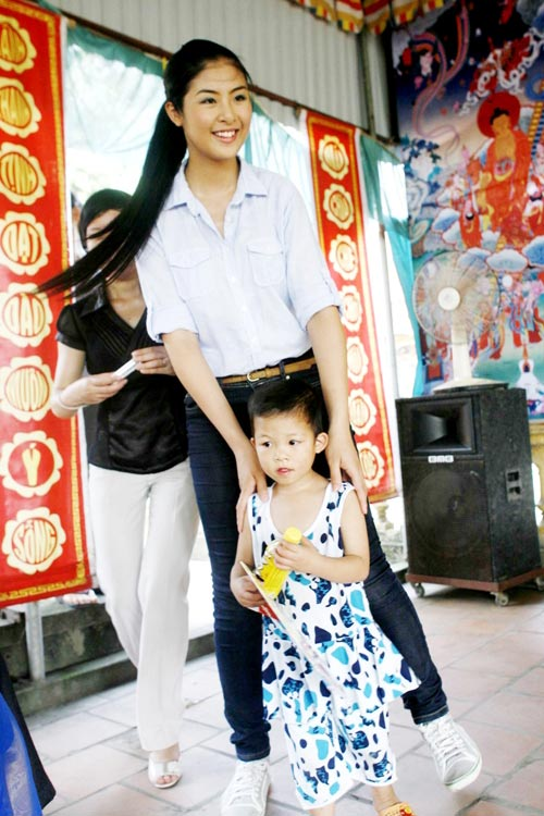 4 người đẹp giản dị nhất showbiz Việt - 5