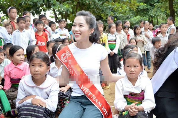 4 người đẹp giản dị nhất showbiz Việt - 10