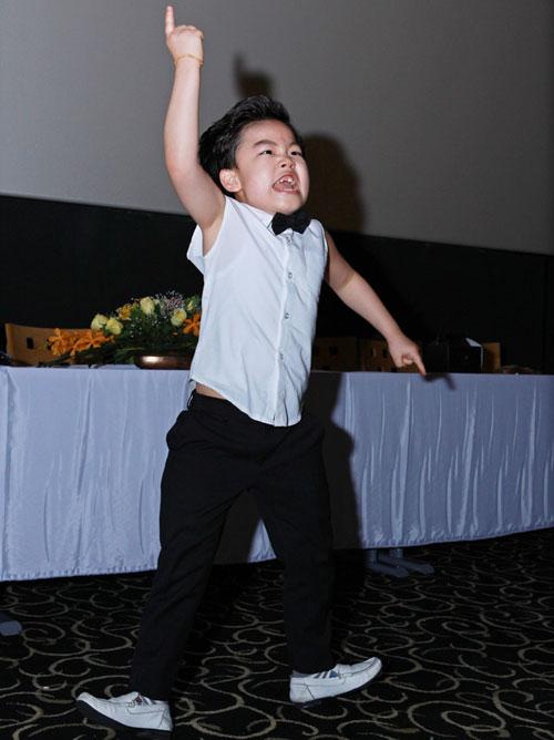 Psy nhí về Việt Nam đóng phim Tết - 8