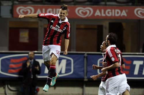Milan tái ngộ Barca: Nợ không dễ đòi - 1