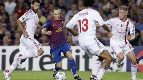Milan tái ngộ Barca: Nợ không dễ đòi - 2