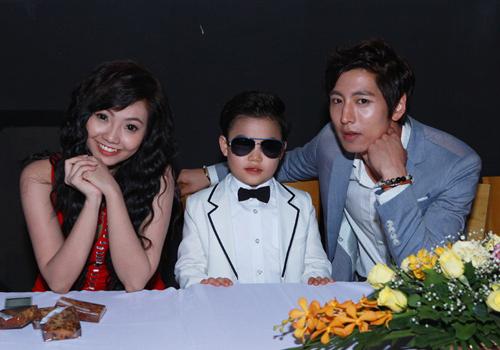 Psy nhí về Việt Nam đóng phim Tết - 15