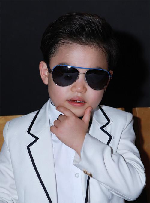 Psy nhí về Việt Nam đóng phim Tết - 12