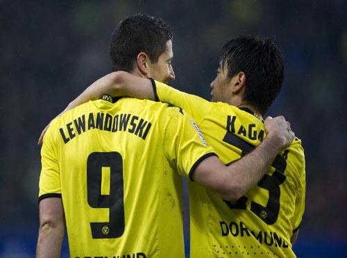 MU: Nani đi, Lewandowski đến - 1