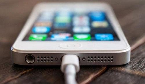 """iOS 6.0.2 thành """"sát thủ"""" pin iPhone 5, iPad Mini - 1"""