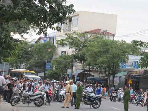 Đà Nẵng: Vũ trường New Phương Đông bốc cháy - 5
