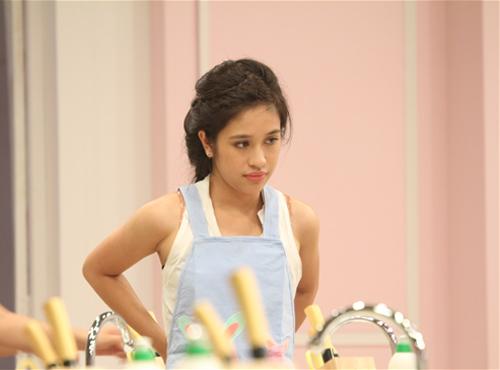 Miss Teen xinh đẹp thử tài vào bếp - 7
