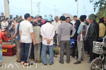 Quảng Ninh: Hàng trăm người tấn công CA - 2