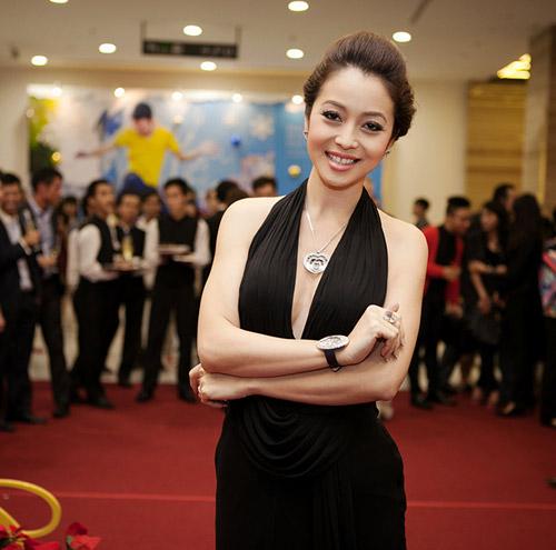 Jennifer Phạm khoe nhẫn cưới - 3