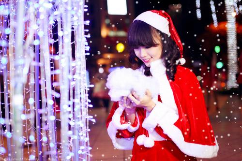 Hot girl Phương Đông xinh tươi trên phố Noel - 18