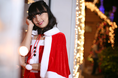 Hot girl Phương Đông xinh tươi trên phố Noel - 13