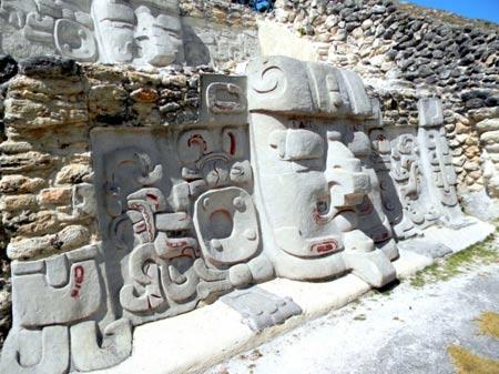 Thăm những thành cổ trứ danh của người Maya - 10