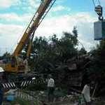 Tin tức trong ngày - Xe container đâm nát nhà dân, 2 người chết