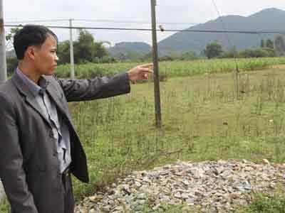 Nông dân hiến đất làm đường không lấy một xu - 2