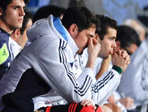 """Casillas bị trảm, Ramos """"ý kiến"""" với Mou - 1"""