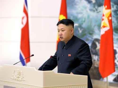 Ông Kim Jong-un muốn có tên lửa lớn hơn - 1