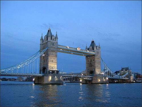 14 cây cầu nổi tiếng nhất thế giới - 11