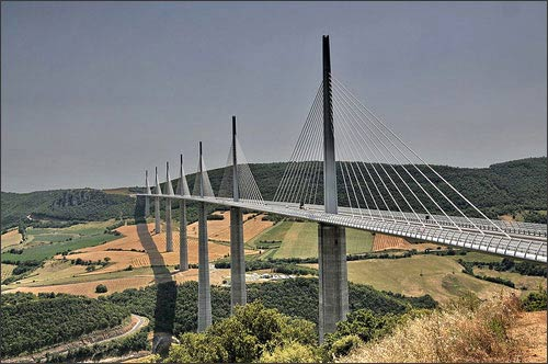 14 cây cầu nổi tiếng nhất thế giới - 12