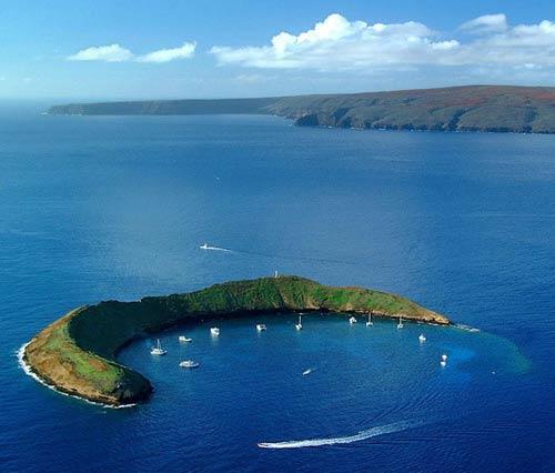 Chiêm ngưỡng 10 miệng núi lửa đặc biệt nhất thế giới - 9
