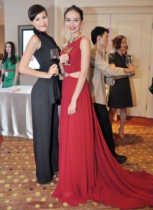 Mỹ nữ Việt và Âm mưu giày gót nhọn - 14
