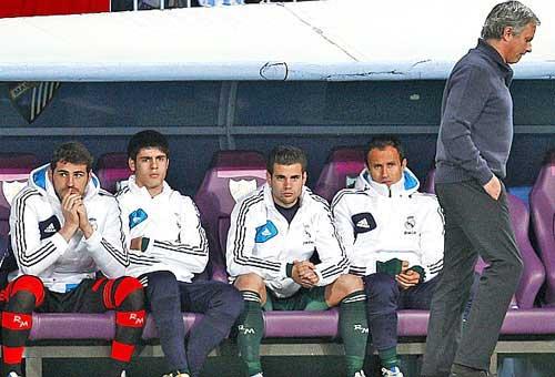Real: Còn ai dám chơi với Mourinho? - 1