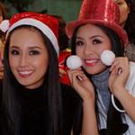 Thời trang - Mai Phương Thúy, Ngọc Hân hát mừng Noel