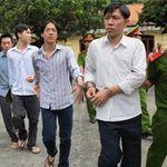 An ninh Xã hội - TPHCM: Hoãn phiên tòa vì sợi dây nịt